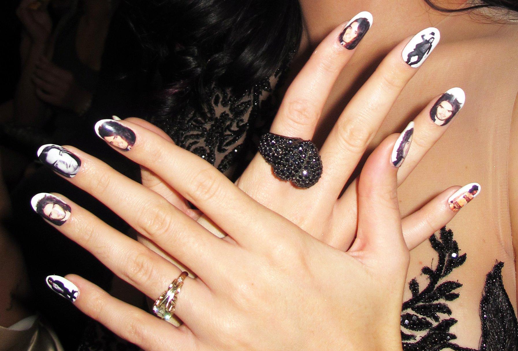 Самые красивые в мире ногти фото